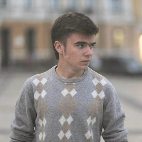 Артем Севериненко
